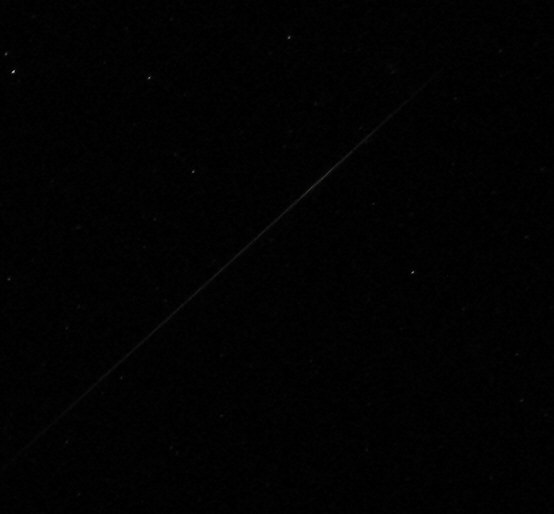 faint_leonid_meteor